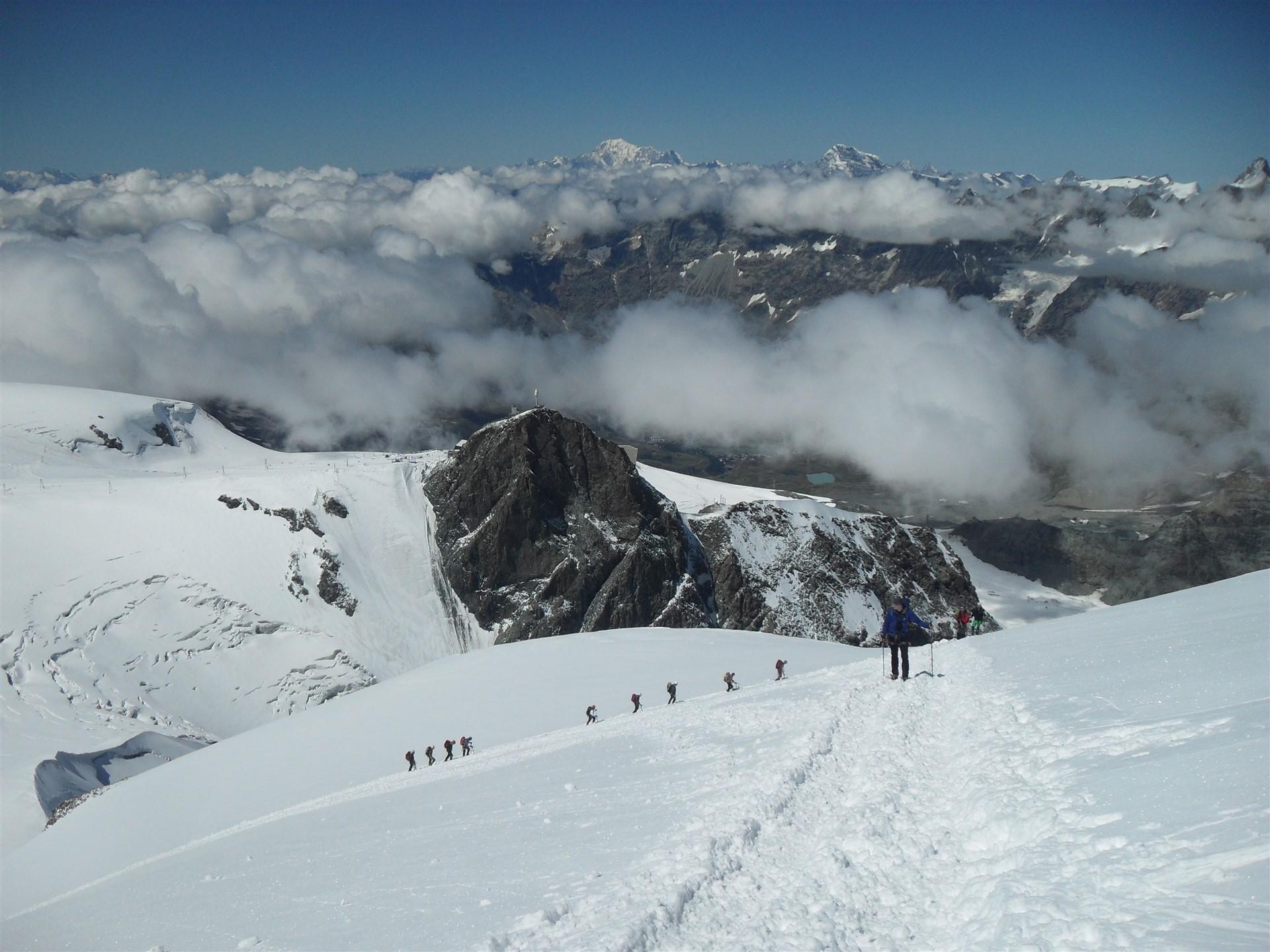 Uspon prema vršnom dijelu grebena Breithorna