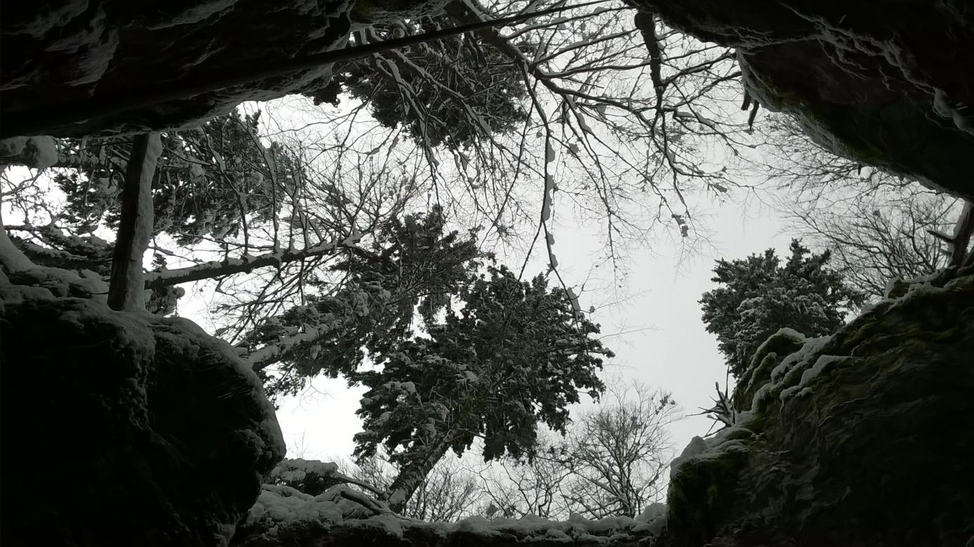 Pogled iz jame Bijela smrt (foto: Tomislav Kurečić)